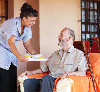 Parkinson Hasta Bakıcısı